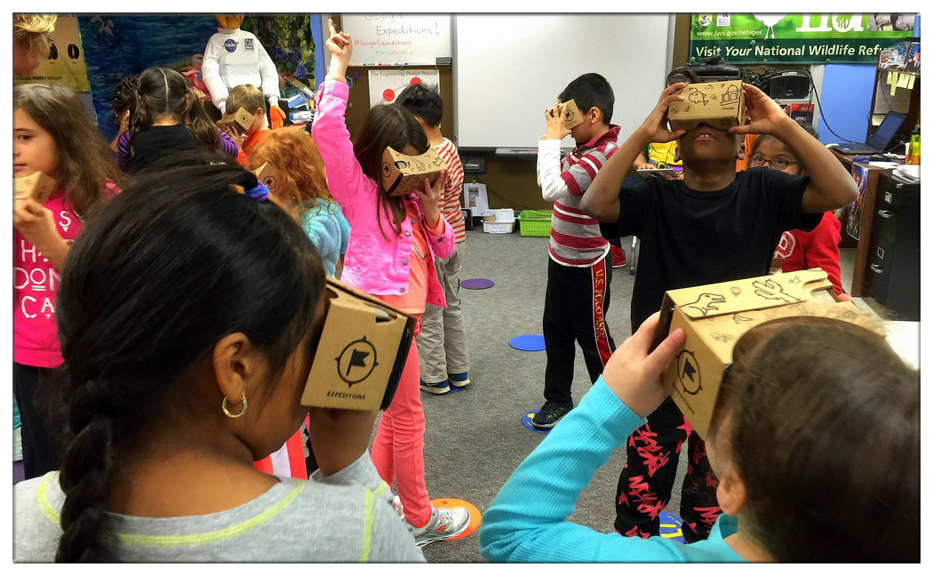 Students are experience Google VR technology.