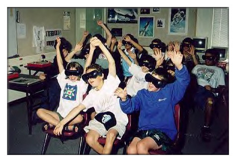 Virtual reality technology is adpoted in the class.